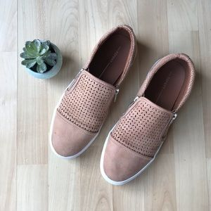 Report Tan Leather Slip On Size 10